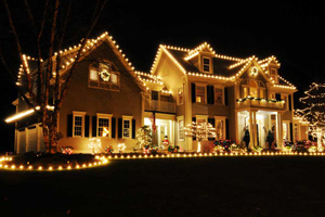 multi story home lighting - Residential Christmas Decorating Service